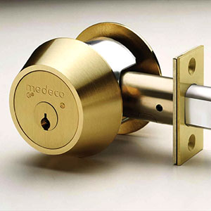 High security deadbolt lock